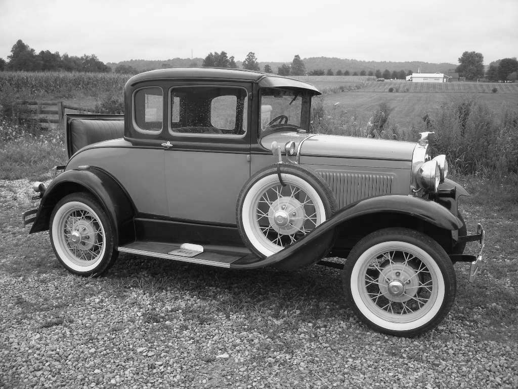1930 Ford with a rumble seat.